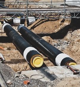 Eine Baustelle des Gewerkes Rohrleitungsbau.